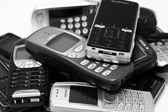 5 ways to recycle cellphones and give to a good cause #spon