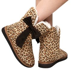 UGG Boots uggcheapshop.com    $89.99  pick it up! ugg cheap outlet and all just for lowest price # boots for this winter