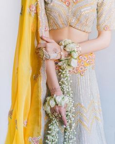 Baby-pearls haath-phool paired with floral kaleere Bridal Looks, Bridal Style, Wedding Trends, Wedding Styles, Wedding Venues, Wedding Photos, Bridal Dresses, Flower Girl Dresses, Bridal Outfits