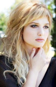 25 Gorgeous Long Hair with Bangs Hairstyles - The Trend Spotter Curly Hair With Bangs, Hairstyles With Bangs, Pretty Hairstyles, Easy Hairstyles, Layered Hairstyles, Side Bangs Long Hair, Long Hair With Bangs And Layers, Bangs Hairstyle, Long Haircuts
