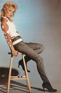 Kim Wilde, John Newman, Top 40 Hits, Uk Singles Chart, Billboard Hot 100, Hottest 100, Pop Singers, Celebs, Celebrities