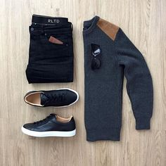 @mrjunho3 gets us ready for the weekend with this one. Love the black @koiocollective sneakers and dark sweater.