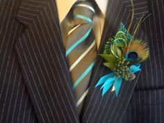 Peacock boutonniere, lovely and elegant classic favorite. $17.00, via Etsy.