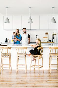 When it comes to modern traditional fusion, this Minnesota home nails it. Step inside and see how the designer Bria Hammel transformed this interior Kitchen Pendant Lighting, Kitchen Pendants, Kitchen Stools, New Kitchen, Kitchen Decor, Kitchen Cabinetry, Kitchen Styling, Pendant Lights, Kitchen Backsplash
