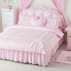 Turning Back The Clock With Shabby Chic Decorating - Shabby Chic Decor - Shabby Chic Interiors, Shabby Chic Furniture, Shabby Chic Decor, Pink Bedding, Bedding Sets, Bedroom Sets, Bedroom Decor, Bed Cover Design, Designer Bed Sheets