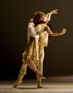 inspiration image - rapunzel and prince duet inspiration - dancers performing in jean-christophe maillot's roméo et juliette