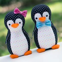 Melly & Me Piper & Pete Penguins- a cute take on the John Lewis advert!  Make one today.