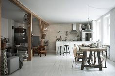 Home inspo from a restored carriage house: The open kitchen