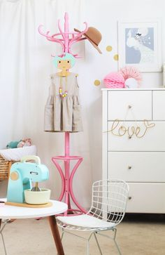 Kids Interiors and decor blog - www.fourcheekymonkeys.com barnrum inspo 1.6