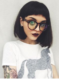Short fringe Bob More