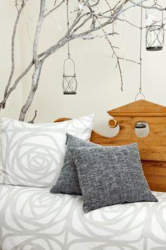 Greta-pellavakoristetyynynpäällinen € www. Joko, Home Textile, Scandinavian Design, Contemporary Design, Sweet Home, New Homes, Tapestry, Throw Pillows, Finland