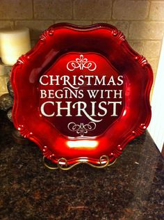 Christmas Chargers on Etsy *photo only Cricut Christmas Ideas, Christmas Vinyl, Christmas Plates, Little Christmas, Christmas Projects, Winter Christmas, All Things Christmas, Holiday Crafts, Christmas Holidays