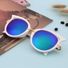 Fashion Retro Metal Frame Sexy Cat Eye Sunglasses for Women Coating Brand…  Óculos De Sol 2f7346f4b6