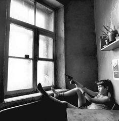 OcéanoMar - Art Site: <<Teenagers of St. Petersburg (1991-2009)>> Yevgeni Mokhorev (born 1967 in Leningrad now Saint Petersburg) is a Russian photographer. Bw Photography, Abstract Photography, Street Photography, The Smiths, Eugene Atget, Joe Strummer, Elvis Costello, Gil Elvgren, Man Ray