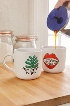 15 Oz Graphic Mug - Urban Outfitters
