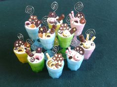 bomboniere con dolcetti in fimo portafoto/note adhésive : Bomboniere di ghirigori