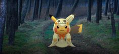Pokémon Go's latest event Pokémon, a Pikachu in a Mimikyu costume, is what Niantic should have been releasing instead of all those Pikachu with hats. Pikachu Pokemon Go, Squirtle Squad, Cool Pokemon, Pikachu Halloween, Pikachu Costume, List Of Characters, Bulbasaur, Head Accessories