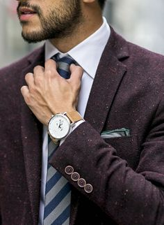 I LOVE this look! That suit is to die for! Very Dapper, clothing, MVMT Watch to complete the look. Dapper Gentleman, Gentleman Style, Dapper Men, Mode Masculine, Sharp Dressed Man, Well Dressed Men, Suit Fashion, Mens Fashion, Classic Man