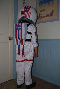 astronaut costume | Homemade Astronaut costume II | Future Family Ideas :)