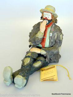 Vintage 1984 Limited Edition Emmett Kelly Jr Yawning Clown Figurine Flambro COA | eBay Emmett Kelly Clown, Pt Barnum, Clown Paintings, The Ed Sullivan Show, Send In The Clowns, Clowning Around, Cali, Jr, Halloween