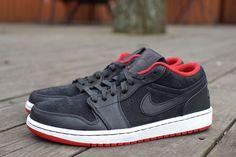 newest 2c6f9 04bf3 AIR JORDAN 1 LOW NOUVEAU Jordan 1 Low, Red Sneakers, Sneakers Nike, Sneaker