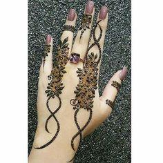 The Beys Design Henna Mehndi Style, Mehndi Art, Henna Mehndi, Mehendi, Arabic Henna, Hand Henna, Hena Designs, Henna Tattoo Designs, Mehandi Designs