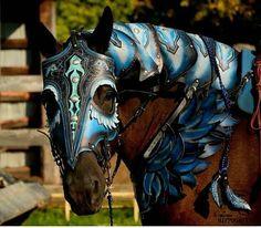 Retrouvez cet article dans ma boutique Etsy https://www.etsy.com/ca-fr/listing/559427815/medieval-armor-horse-tack-leather-games