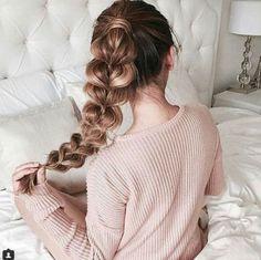 pull through ponytail | reddish brown | honey caramel | long hairstyle | easy | simple