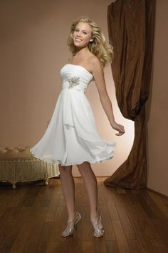 A-Linie Chiffon trägerloseselegantes knielanges Brautkleid