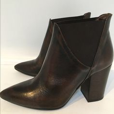 Hudson H Crispin booties Stunning H Hudson Crispin booties. Heeled bootie constructed in a beautiful smooth leather with matching elasticated side panels. Pointed toe creates a chic silhouette for a boot that will take you day to night. Never been worn. Gorgeous!! Hudson Shoes Shoes Ankle Boots & Booties