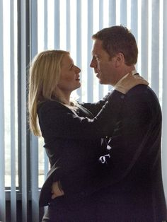 "Carrie Mathison (Claire Danes) and Nicholas Brody (Damian Lewis) in ""Homeland"""