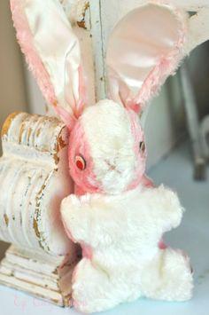 Vintage bunny got an easter bunny every year Easter Toys, Hoppy Easter, Easter Bunny, Vintage Easter, Vintage Holiday, Some Bunny Loves You, Easter Parade, Vintage Nursery, Vintage Toys