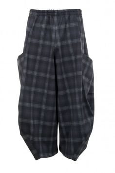 Shop AKH Check Pattern Balloon Trouser from idaretobe UK online stockist. Men Trousers, Checked Trousers, Look Fashion, Mens Fashion, Balloon Pants, Pants Pattern, Patterned Shorts, Balloons, Menswear