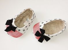 FRENCHIE...Baby Girl Slip on Shoes in Black, White and Coral