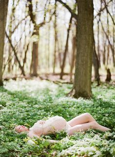 Enchanting forest maternity session!    love.