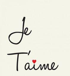 Je t'aime avec un coeur sur le i - Cosmopolitan.fr