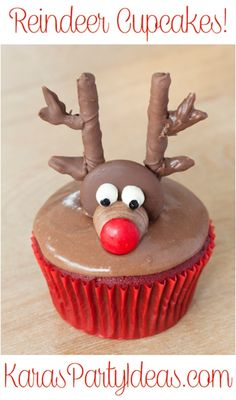 Make these adorable Reindeer Cupcakes! Reindeer Cupcakes, Holiday Cupcakes, Fun Cupcakes, Christmas Desserts, Holiday Treats, Christmas Treats, Holiday Recipes, Cupcake Cakes, Cupcake Emoji