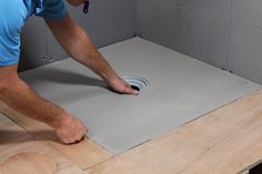 Installing a wet room shower tray