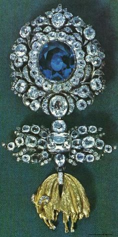 Bavarian Royal Jewels - Wittlesbach Diamond in the Golden Fleece.  A grayish blue diamond taken to Europe in the 17th century from India, it was given in 1664 to the Infanta Margarita Teresa by her father, the King of Spain, eventually becoming a fixture of both the Austrian and Bavarian crown jewels.