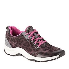 Vionic Action Tourney Walking Shoes :: Casual Shoes :: Shop now with FootSmart