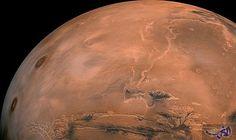 العلماء يقترحون إنشاء بحيرة اصطناعية على سطح المريخ
