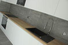 Materiały wykorzystane do realizacji: - Blaty laminowane Egger Dąb Hamilton Naturalny H3303 ST 10, - Fronty lakierowane matowe w kol... Hamilton, Sink, Bathtub, House Design, Kitchen, Home Decor, Sink Tops, Standing Bath, Cuisine