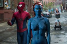 Corporate dealmaking led to the teaser for X-Men: Days of Future Past appearing at the end of The Amazing Spider-Man but Fox and Sony will not be uniting Marvel Comics' web-slinger and mutant superheroes. Jennifer Lawrence Mystique, Female Body Paintings, Female Art, Mystique Marvel, The Sinister Six, Marvel Studios Movies, Female Vampire, Spider Man 2, Man Character