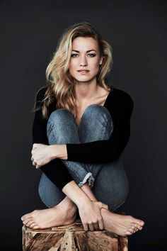 Yvonne Strahovski (photo credit: Dennis Leupold) article in comments - Imgur