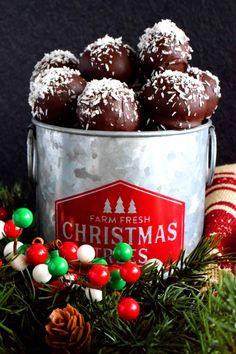 Chocolate Coconut Balls - Lord Byron's Kitchen Christmas Bounty, Christmas Sweets, Christmas Baking, Christmas Goodies, Christmas Candy, Christmas Recipes, Coconut Balls, Coconut Cookies, Chocolate Coating