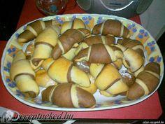 A legjobb Kakaós kifli recept fotóval egyenesen a Receptneked.hu gyűjteményéből. Küldte: Évy