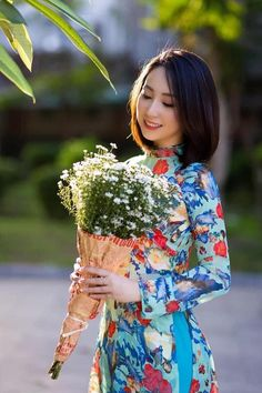 Vietnamese Clothing, Clothes, Outfits, Clothing, Kleding, Outfit Posts, Coats, Dresses