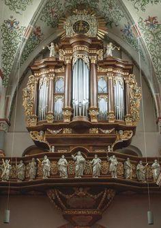 Die Orgel der Abteilkirche St. Nikolaus in Brauweiler