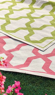 A union of interlinking geometric designs and soft woven fabrics add zest and comfort to outdoor spaces. The Beckett Outdoor Rug withstands heavy foot traffic, resists mold and keeps patios and porches free of dirt and grime. | Frontgate: Live Beautifully Outdoors