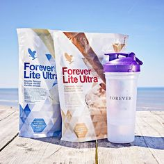 Shake up your diet and lifestyle with naturally-flavoured, plant-powered protein. Forever Lite Ultra contains vital vitamins and minerals and is available in two flavours. Retail link in Bio. Forever Living Aloe Vera, Forever Aloe, Forever Living Business, Instant Weight Loss, Lose Weight Fast Diet, Nutrition Drinks, Forever Living Products, Peeling, Weight Loss Drinks